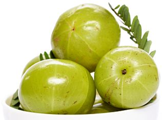 Nourish Hair at Home with Indian Gooseberry (Amla) in Seven Days