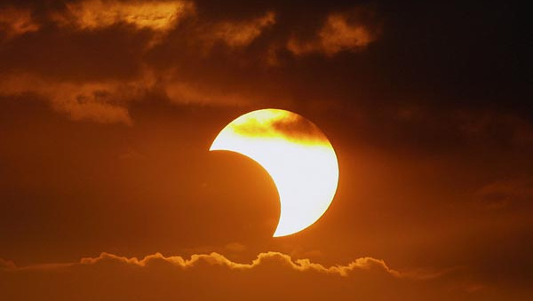 Partial Solar Eclipse 13 September 2015, Effects