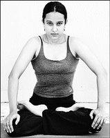 jalandhara bandha in yoga